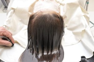 How To Treat Itchy Scalp After Hair Dye?